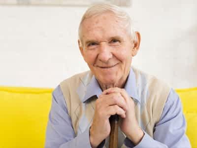 Cuidado de personas mayores con demencia senil